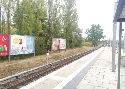 Großfläche am S-Bahnhof